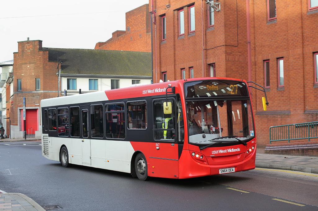 847 SN64OEA, Wolverhampton 9/11/2017