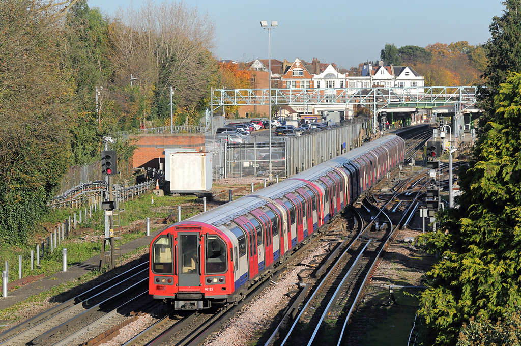 Central Line 91115, Woodford 17/11/2017