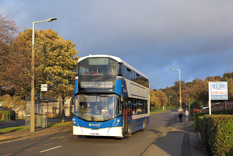 588 SJ67MHA, Clermiston 22/10/2017