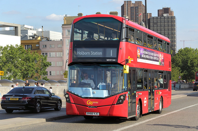 WHV144 BV66VJC, Waterloo Bridge 25/8/2017
