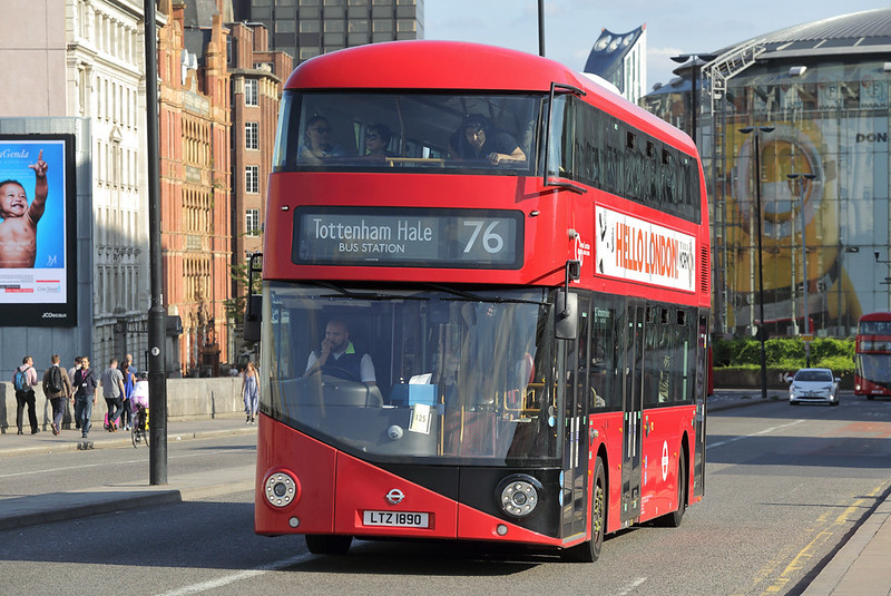 LT890 LTZ1890, Waterloo Bridge 25/8/2017