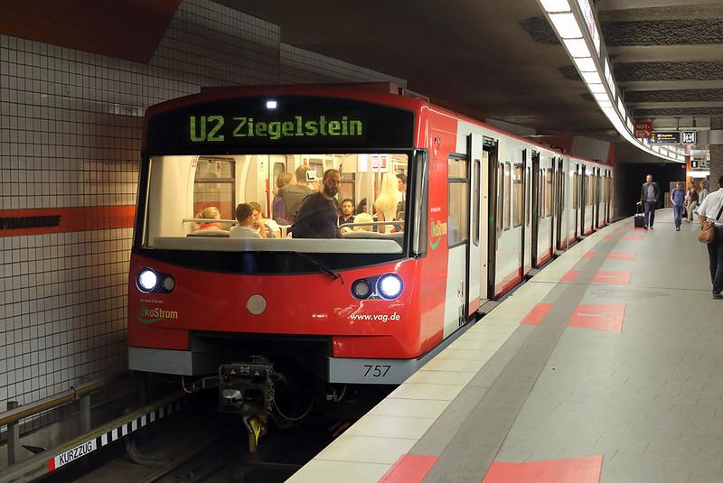 757 Hauptbahnhof 29/6/2017