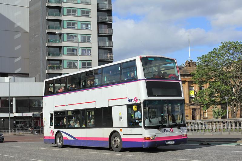 33012 LK51UZL, Glasgow 30/5/2017