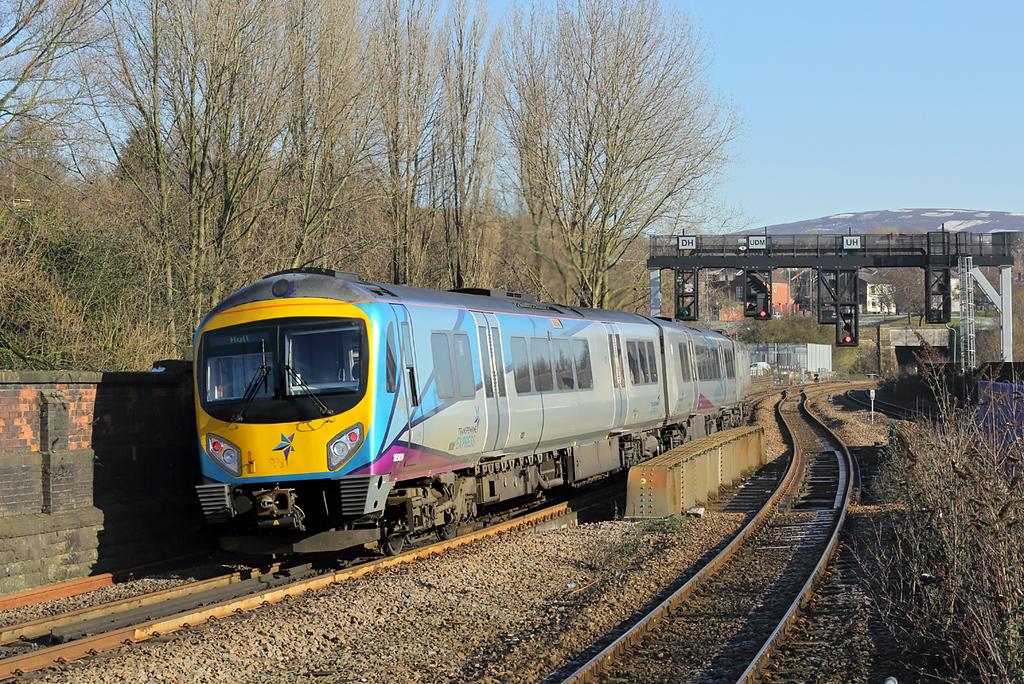 185108 Stalybridge 7/2/2018<br /> 1K12 1141 Manchester Piccadilly-Hull