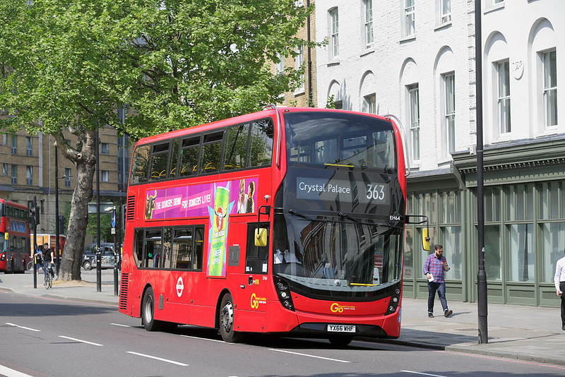EH64 YX66WHF, St George's Circus 8/5/2018