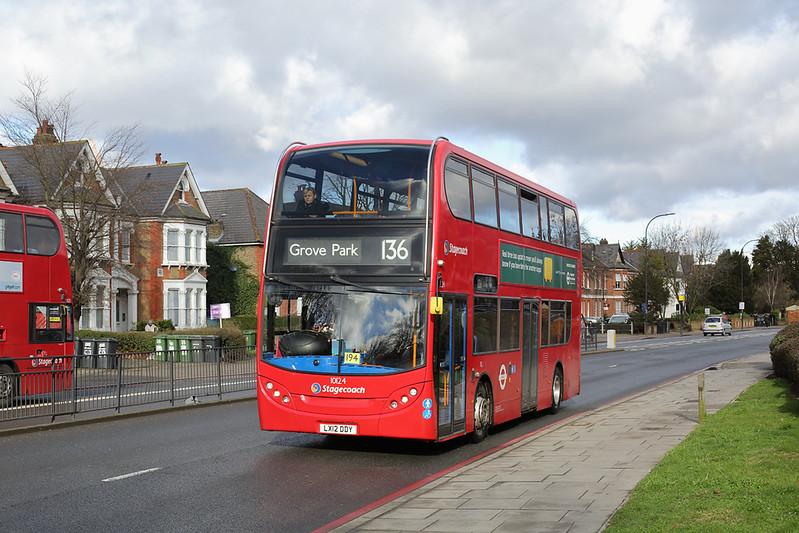 10124 LX12DDY, Catford 9/2/2018