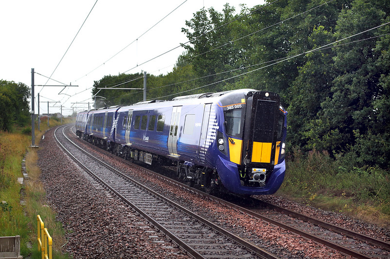 385005 Croy 14/8/2018<br /> 3T52 1104 Glasgow Queen Street-Linlithgow