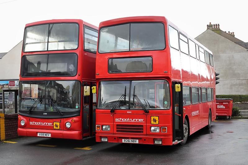 16661 R261NBV and 17199 V199MEV, Workington 15/1/2018