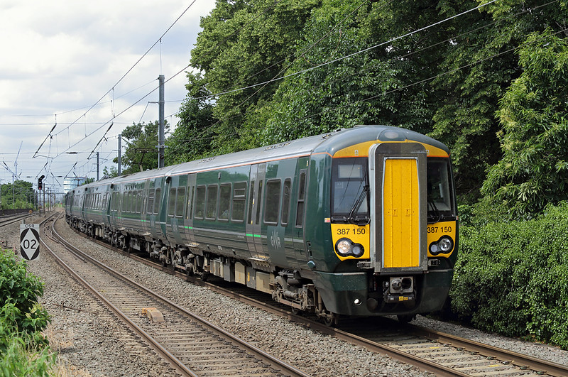 387150 and 387164, Hanwell 15/6/2018<br /> 2P35 1032 Didcot Parkway-London Paddington