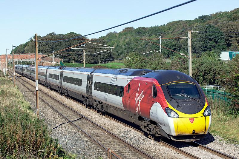 390125 Woodacre 2/10/2019<br /> 1M12 1140 Glasgow Central-London Euston