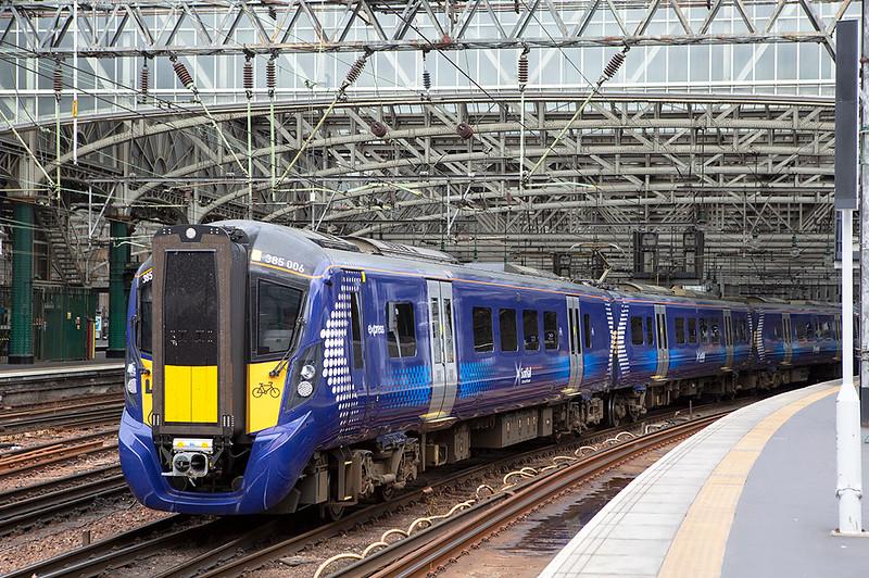 385006 Glasgow Central 20/5/2019<br /> 2B76 1220 Glasgow Central-Lanark