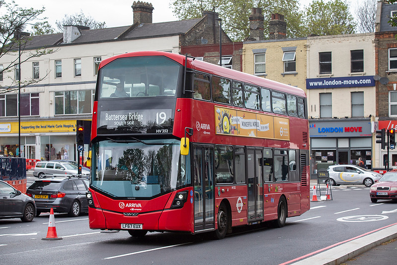 HV352 LF67EUX, Highbury & Islington 28/4/2019