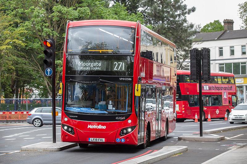 VMH2586 LF19FXL, Highbury & Islington 28/4/2019