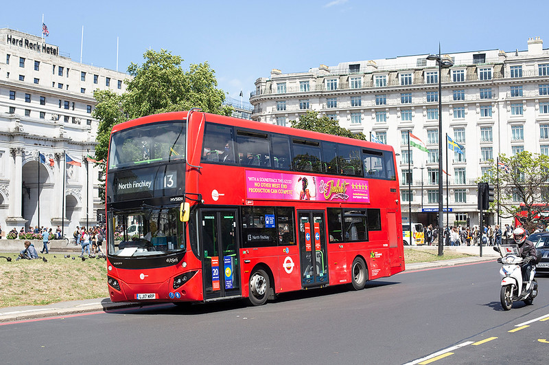 MV38211 LJ17WRP, Marble Arch 5/7/2020