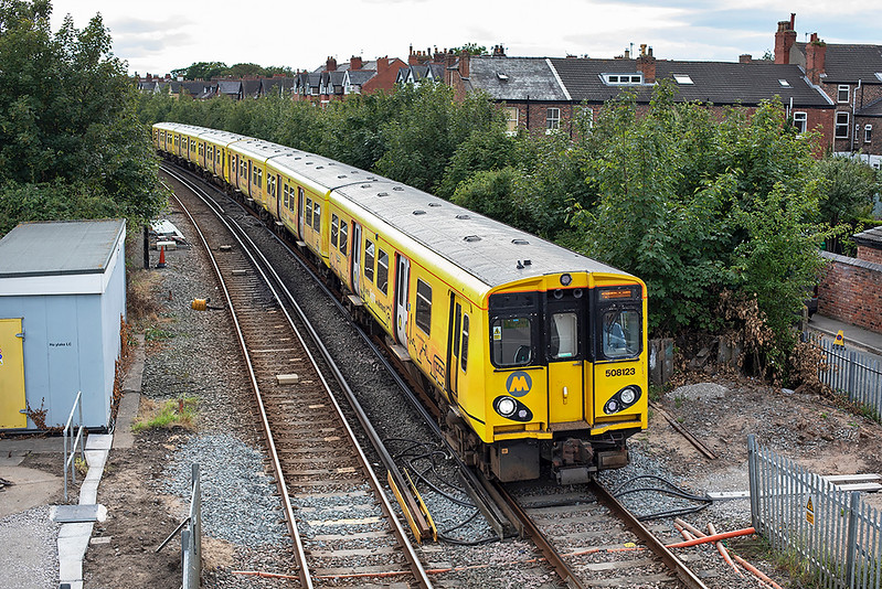 508123 and 507009, Hoylake 7/8/2020<br /> 2W41 1631 West Kirby-West Kirby (via Liverpool Central)
