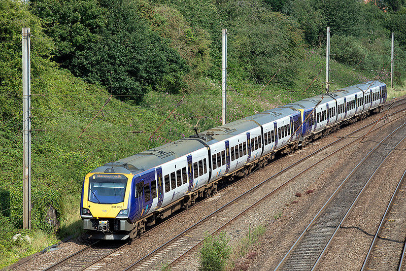 331005 and 331010, Penwortham 14/8/2020<br /> 1N55 0943 Manchester Airport-Blackpool North