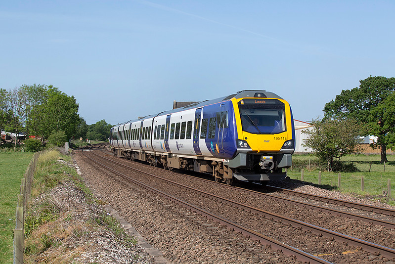 195118 Gregson Lane 27/5/2020<br /> 1B22 0946 Preston-Leeds