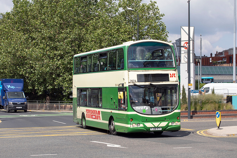 37674 YJ58RTV, Leeds 22/6/2021