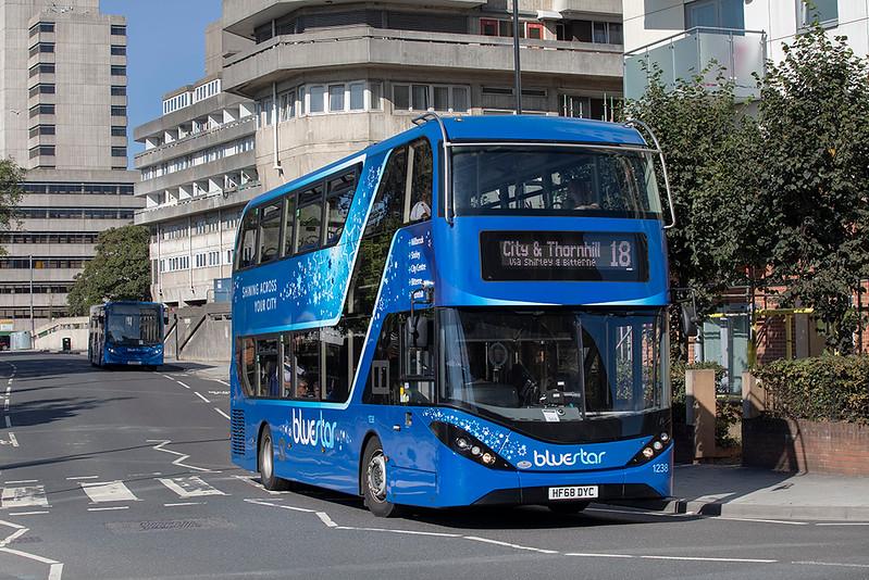 1238 HF68DYC, Southampton 24/9/2021