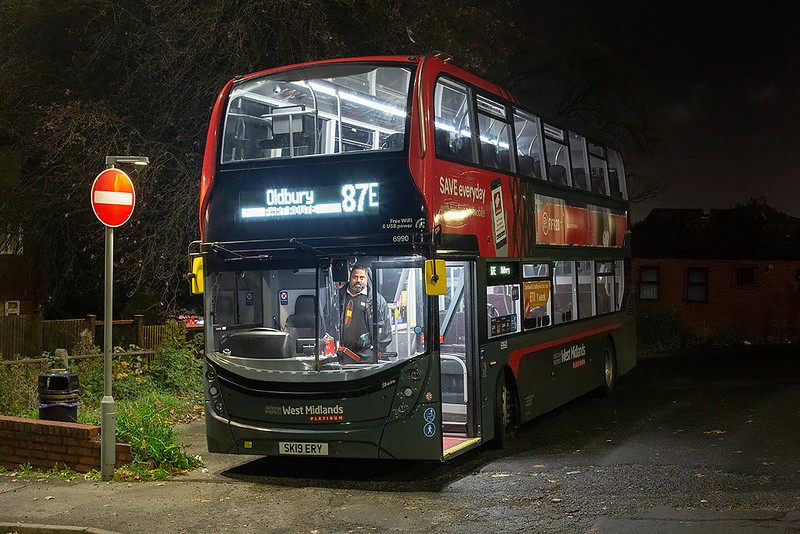 6990 SK19ERY, Dudley 29/10/2019