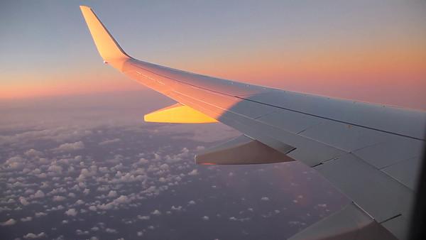 Sunrise on the Morning Flight to Sydney (5D0_8734)