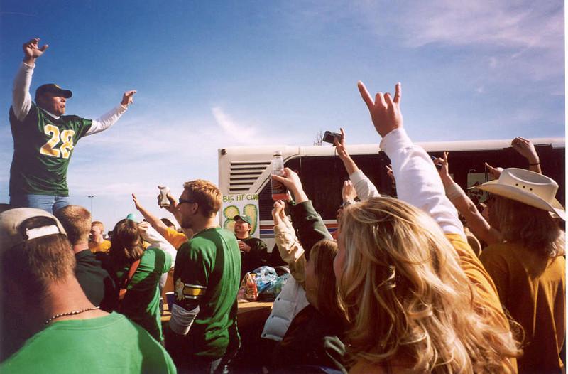 Fighting Sioux Football, North Dakota Bison (Sat. Oct. 18th  2003, Grand Forks, North Dakota)