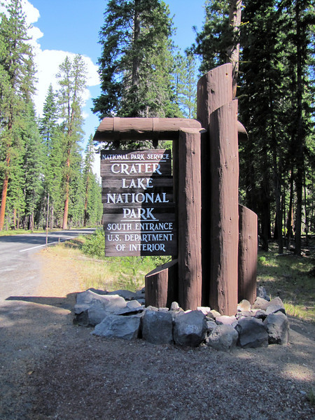 Southern entrance of Crater Lake National Park