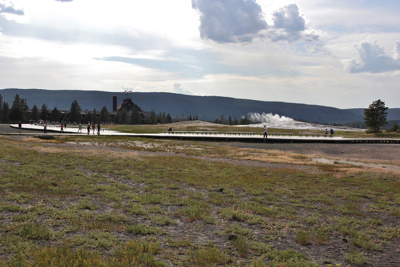 Visitor Centre Old Faithful.