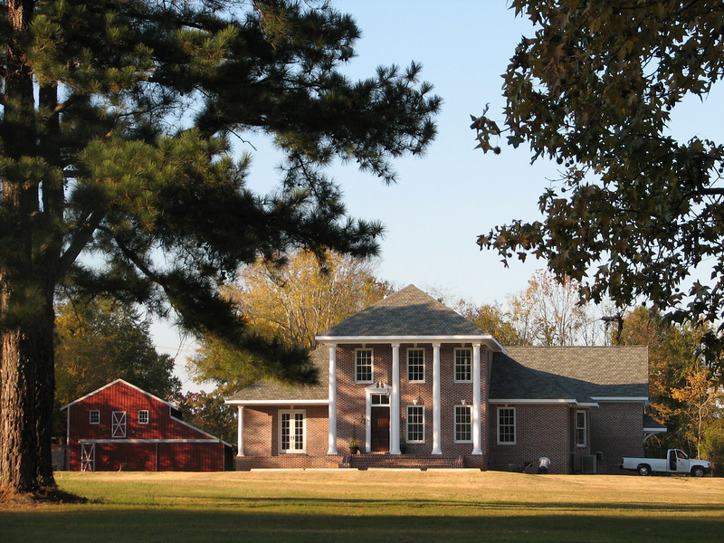 Typical Mississippi house, outside the city