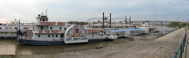 boat, Mississippi river (Memphis, TS)