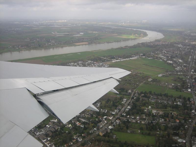 Rhein near Dusseldorf (29-03-2008)