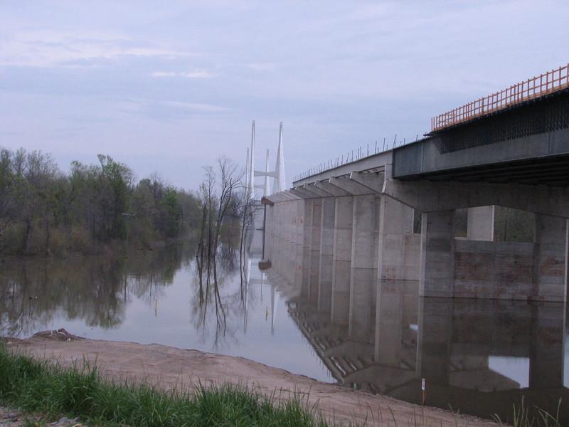 New bridge over the Mississippi river (Arkansas)