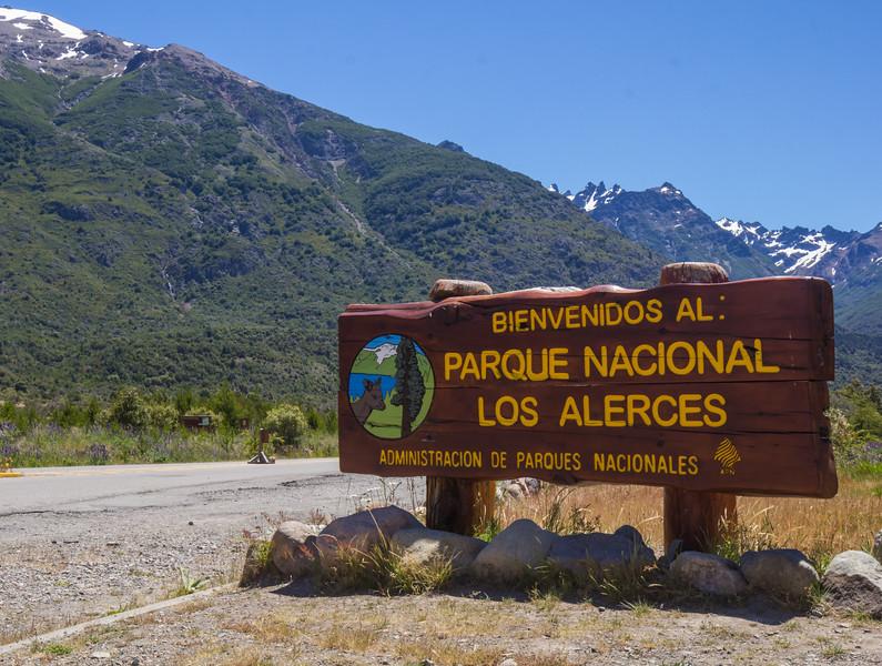 Sign P.N. Los Alerces