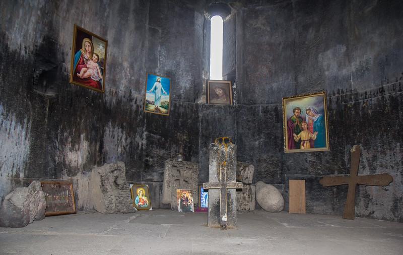 Interior Vahramashen Church