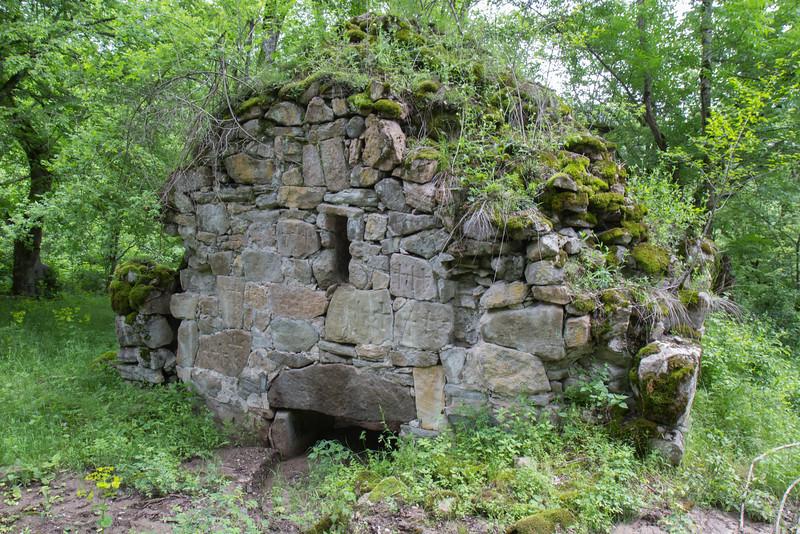 Ruin Arakelots monestery