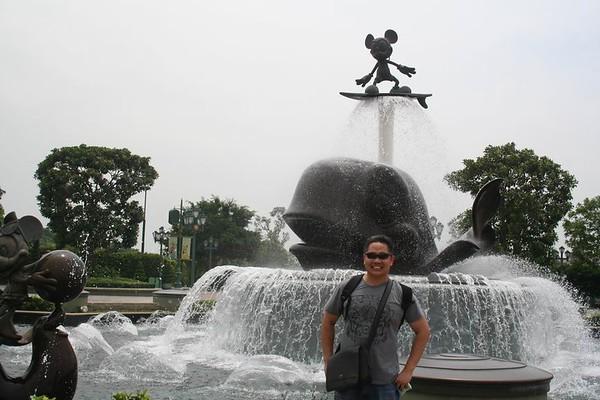 09-04-07 HK DISNEY