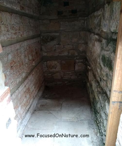 Prisoner cell