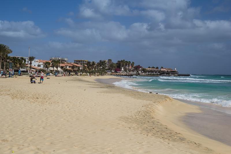 Beach and Ponta Jalunga