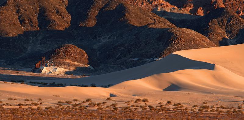 <em>Ibex Dunes</em> Death Valley National Park Copyright 2007, Ken Walsh