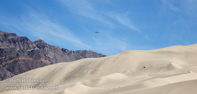 (3/10/2016, Eureka Dunes, Death Valley trip)<br /> EF24-105mm f/4L IS USM @ 105mm f/9 1/320s ISO100