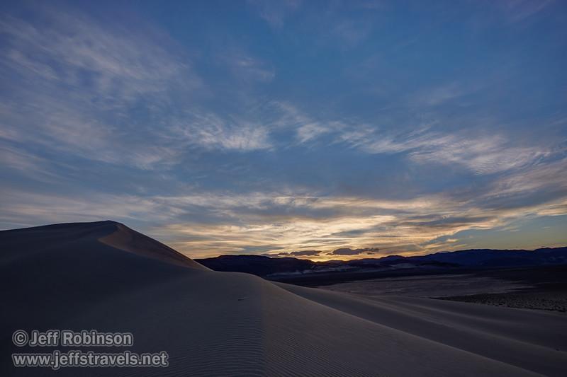 (3/10/2016, Eureka Dunes, Death Valley trip)<br /> EF16-35mm f/4L IS USM @ 19mm f/11 1/50s ISO125
