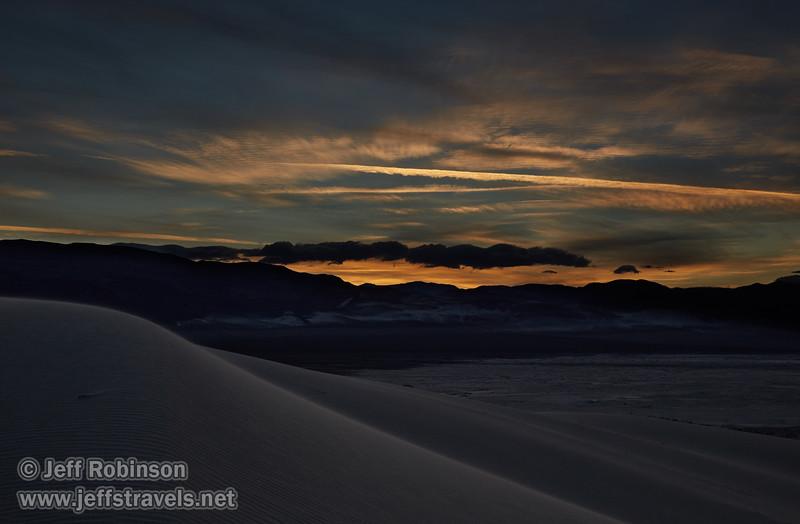 (3/10/2016, Eureka Dunes, Death Valley trip)<br /> EF24-105mm f/4L IS USM @ 47mm f/11 1/100s ISO160