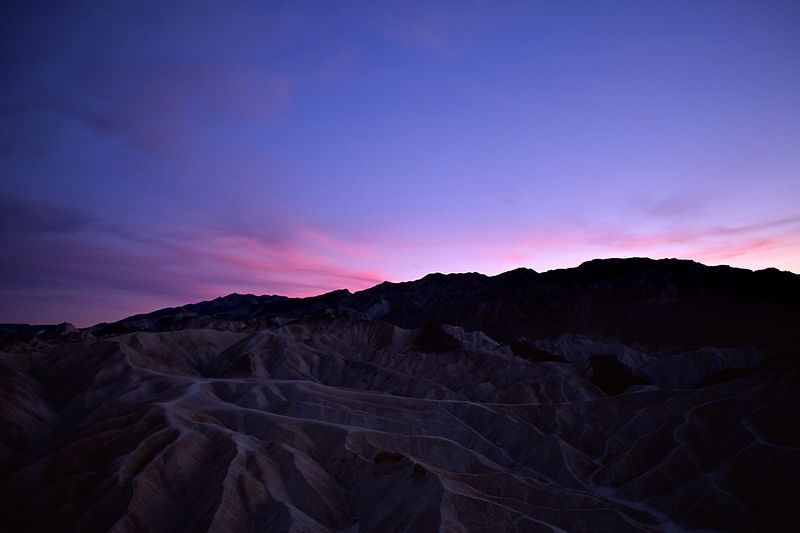 A view of the tortured badlands south of Zabriske Point.