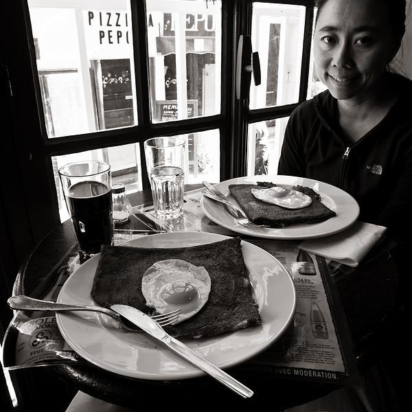 <em>The Food</em> Copyright 2011 Ken Walsh