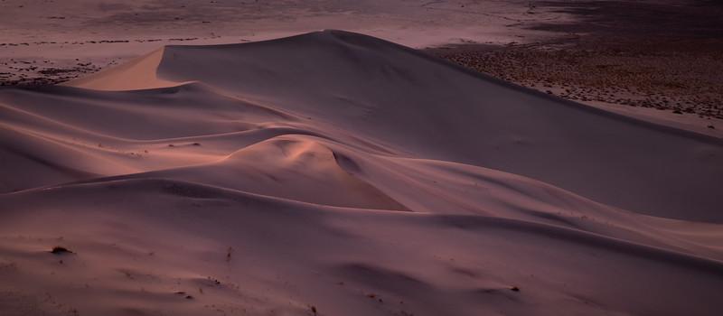Waning on Eureka Dunes, Death Valley NP