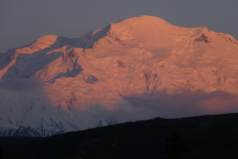 Patti once again hears the siren song of Denali bathed in alpenglow, and hikes up to the lodge for a midnight photo session.