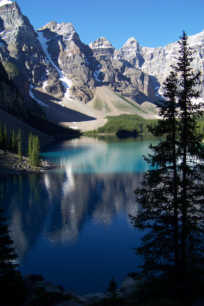 Moraine Lake sits in the Valley of the Ten Peaks