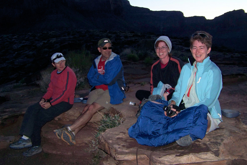 Patti's gets tickled as her family indulges in merriment related to Linda's second hat of the evening and Patti's superb trail-finding skills!  We'll wait until the stars appear and then walk back to Indian Garden by headlamp.