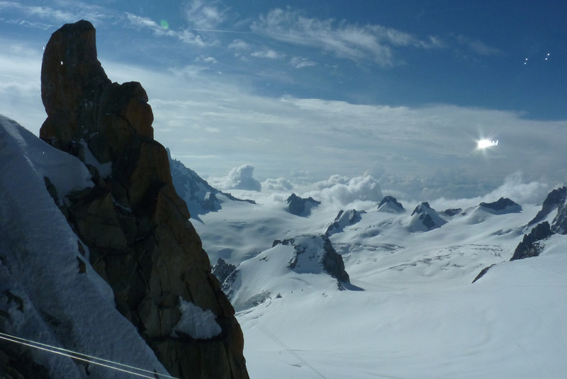 A great expanse of glacier and clouds (we love when the clouds are below us)