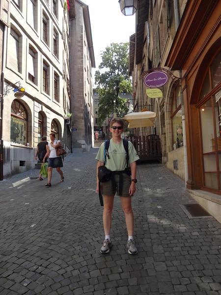 We take a stroll through Geneva's Old Town.
